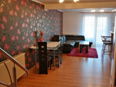 Apartament in zona Junior Residence