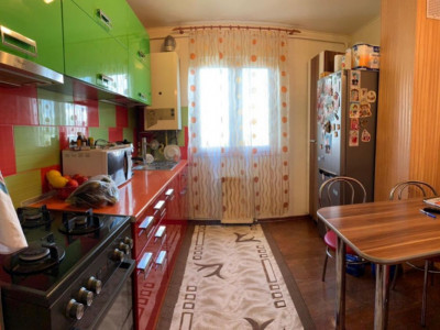 Apartament 3 camere, dec, Manastur